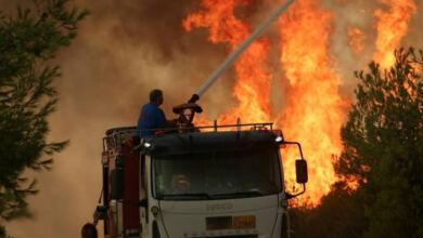 Photo of Σε πύρινο κλοιό η Γορτυνία – Χτυπούν οι καμπάνες καλώντας τον κόσμο να εκκενώσει
